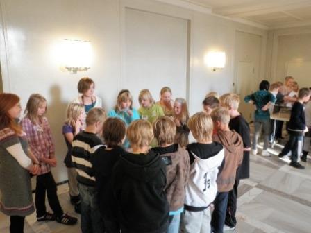 Hyvinkääläisiä 5-luokkalaisia oli tänään vieraanani pari luokallista. Erittäin aktiivisia ja reippaita nuoria. Mukava vierailu tämäkin.