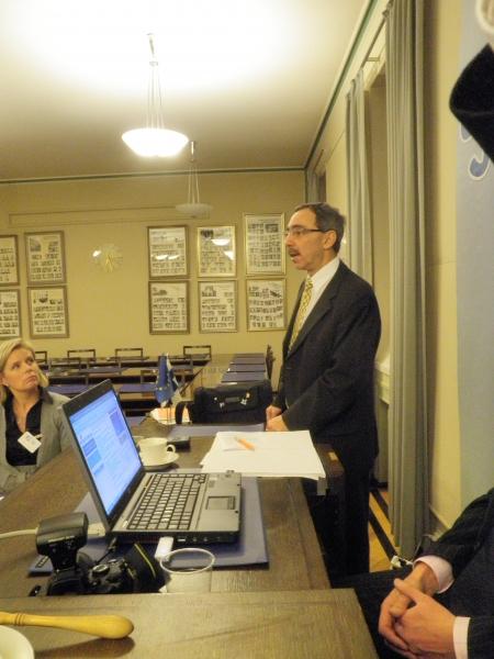 Ben Zyskowicz piti laajemman poliittisen tilannekatsauksen tänään piirihallituksellemme kokouksen lomassa.
