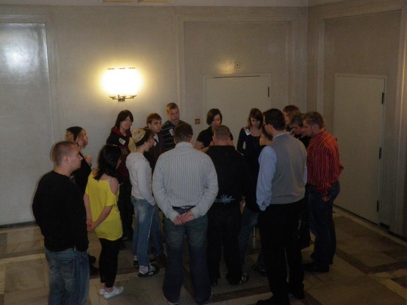 Forssan yläkoululaisia oli tänään vierailulla ja vieraanani eduskunnassa.