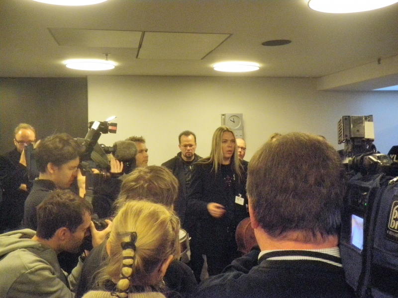 Apocalyptica-yhtyeen perustajajäsen Eicca Toppinen oli yksi tekijänoikeuksien puolustajista. Olipa poikkeuksellinen tapaaminen. Paikalla taisi olla lähes 50 kansanedustajaa. Hieno juttu. Se tarkoittaa hyvää.