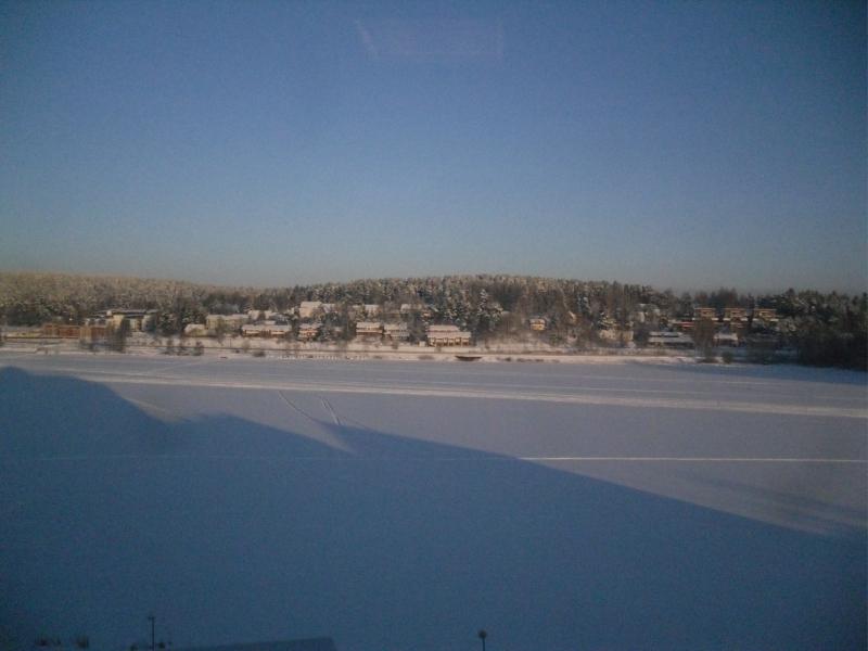 Näkyviä linnan ikkunoista Hämeenlinnan uusille upeille asuinalueille. Ja näille alueille tulossa vielä paljon kaikkea lisää. Hyvä niin.