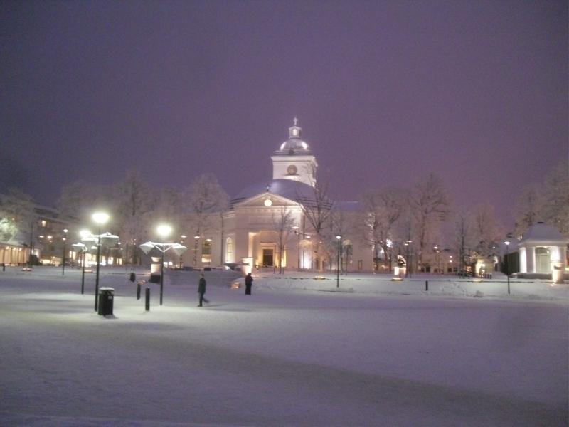 Kaunis oli Hämeenlinnankin kirkko.