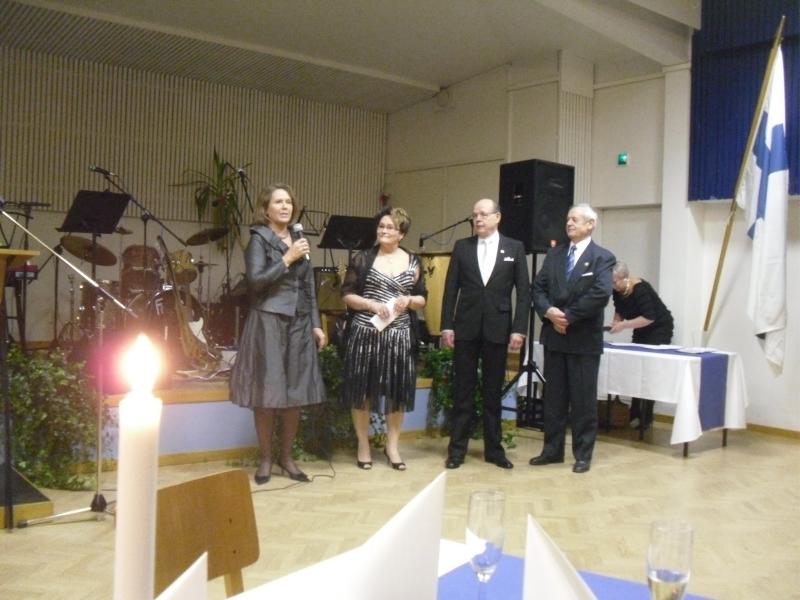Muutamia tunnelmiakuvia eilisestä Riihimäen Kokoomuksen 90-vuotisjuhlasta Riihimäen Kerhotalolta. Kiitos vielä kerran upeasta juhlasta.
