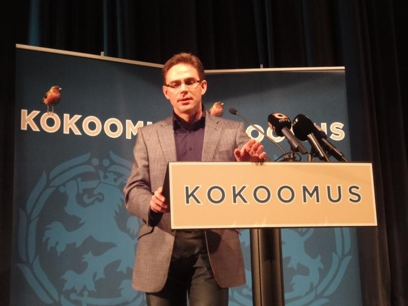 Jyrki Katainen kertoo miten työpaikkojaluomalla saadaan hilloa ja pelastetaan hyvinvointiyhteiskunta. Tuo Jyrkin puhe tuolla tämän päivän blogin lopussa videona.