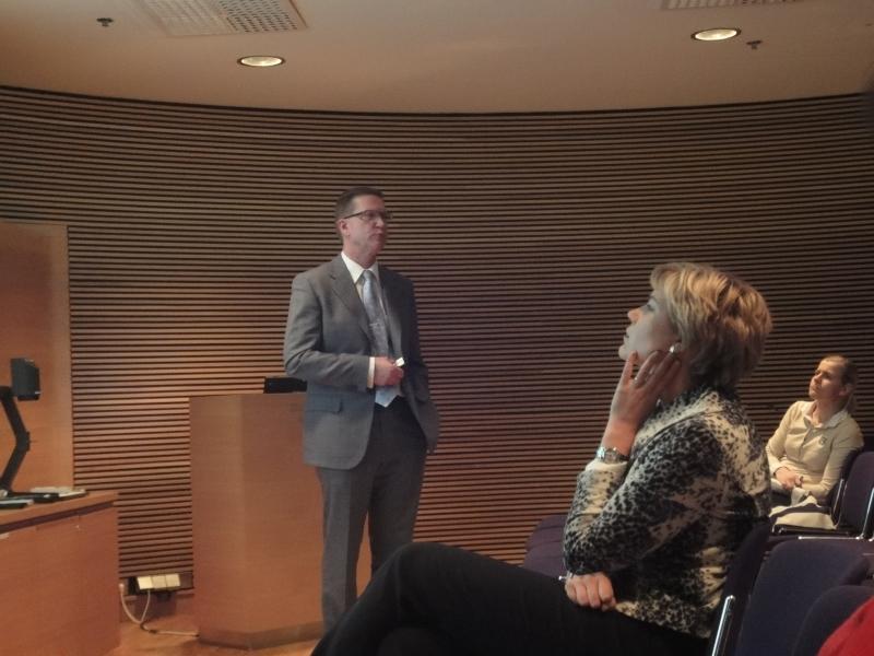 Opetushallituksen pääjohtaja Timo Lankinen esitti erittäin mielenkiintoisen mallin peruskoulun tuntijaon uudistamiseksi ja tulevaisuudeksi. Innostuin.