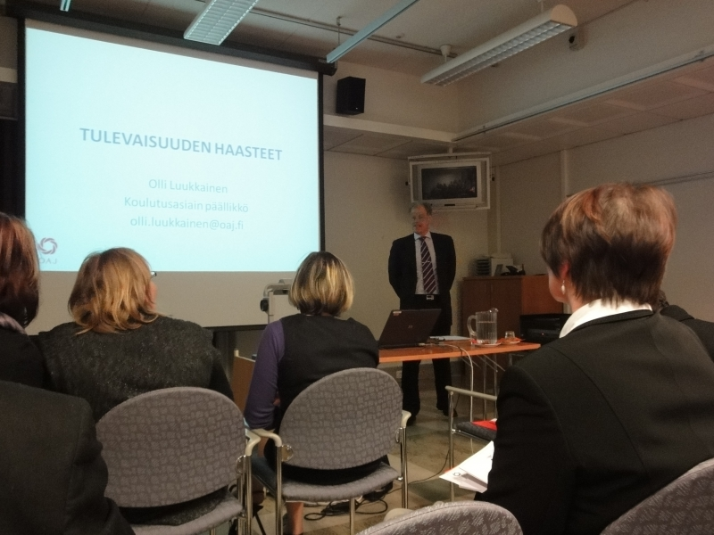 Tänään ilta Aulangolla OAJ-Kanta-Hämeen alueyhdistyksen koulutuspoliittisessa seminaarissa.