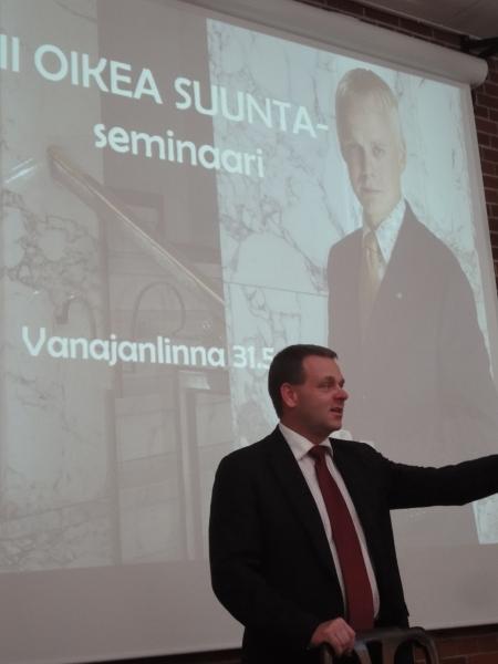 Asuntoministeri Jan Vapaavuori.