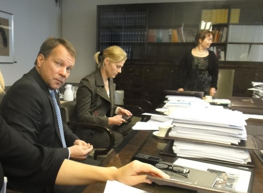 Ja näin kokous takana. Valmiiksi mm. lausuntomme ensi vuoden budjetista.