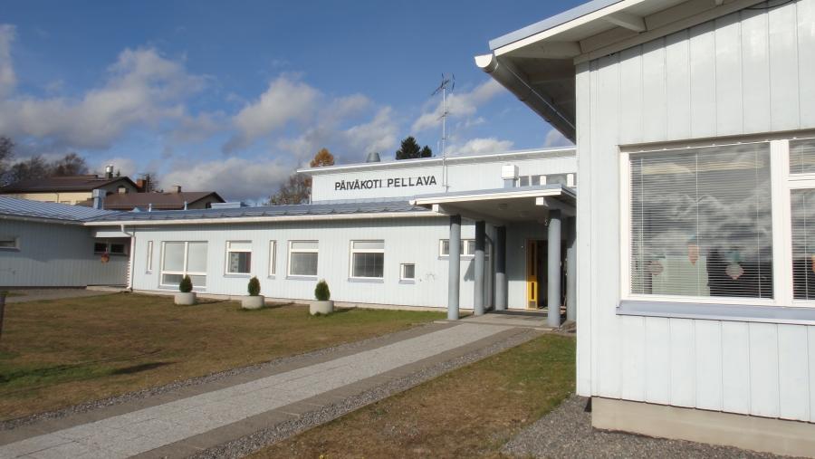 Tässä Läyliäisten Päiväkoti Pellava, joka on aloittanut toimintansa vuonna 2006.