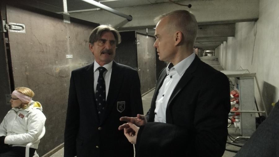 Ratsastajaliiton pääsihteeri Fred Sundwallin kanssa Helsinki International Show hevosten