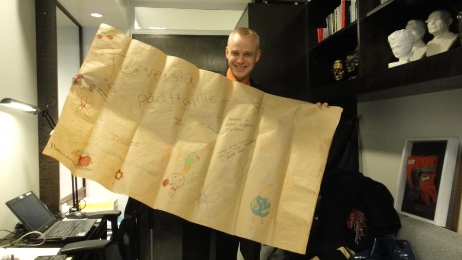 Maanantaina illalla sain Lopen nuorisovaltuuston Laura Yrjö-Koskiselta Lopen harrastemessuilla kootun