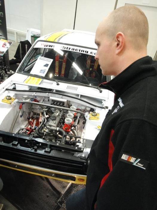 Rallin kuusinkertainen Suomenmestari Juha Salo ja Toyota Starlet. Starletilla Juha aloitti uransa kovimmat kisat ja viimeksi tällainen alla 15 vuotta sitten. Nyt jälleen paluu Toyotan rattiin kun osallistumme Juhan kanssa kotikisaamme Kaloppi-ralliin helmikuun lopulla. Hanaa!