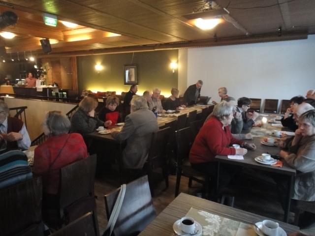 Vaalipaneeli tänään Riihimäellä Ravintola Apollossa veti salin täyteen väkeä. Puolitoista tuntia mielenkiintoista ja tiukkaakin keskustelua.
