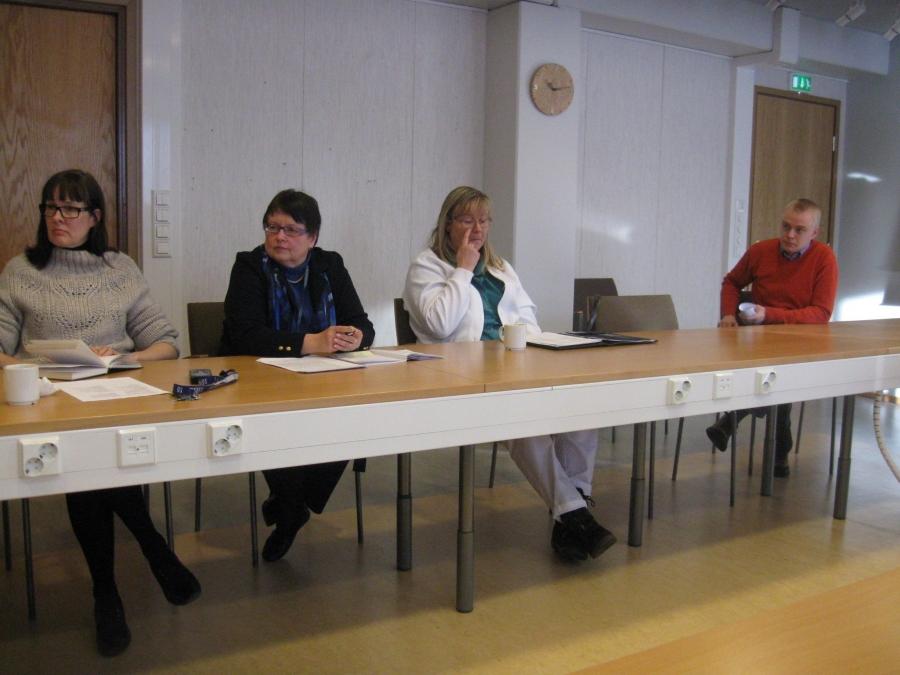 Aamulla Lopen kunnan johtoryhmän kokous 9-10. Kuva: Timo Rahikainen.