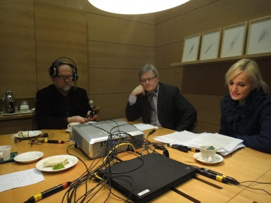Radio Hämeen Politiikan Puhemylly oli tänään ohjelmassa 15.30. Aiheina tällä kertaa perustuslain ja vaalilain uudistaminen.