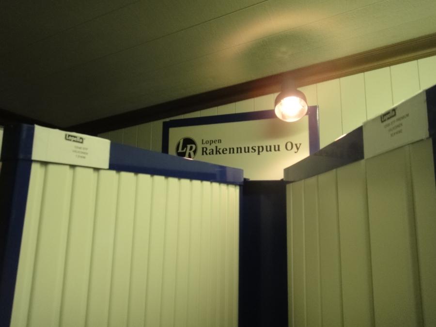 Tänään yritysvierailu Lopen Vojakkalaan Lopen Rakennuspuu Oy:lle.