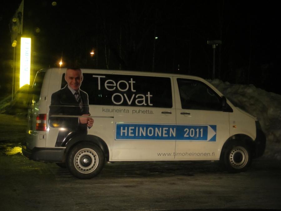 Ja jälleen yksi autobongauskuva. Vaali-Volkkari.