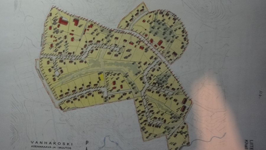 Tässä muuten ensimmäinen kuva Lopen uudesta tulevasta asuinalueesta eli Vanhakosken alueesta. Aika makea alue tulee ja toivottavasti myynnissä ja rakentamiskunnossa jo syksyllä 2012 siis vuoden päästä.