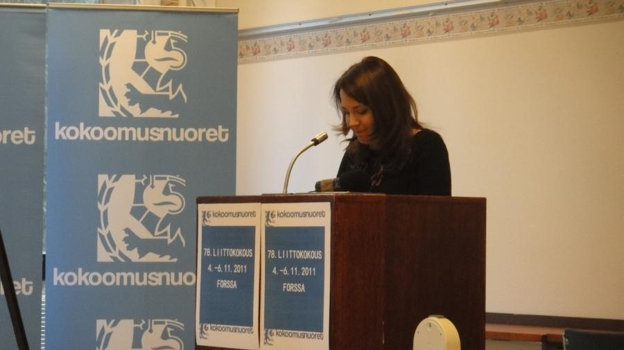 Kollegani Sanni Grahn-Laasonen toi kokoukseen eduskuntaryhmämme tervehdyksen.