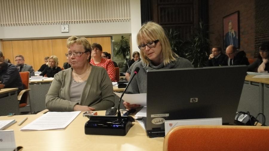 Saija Grönholm ja Sirpa Hopearuoho.