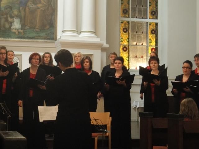 Konsertin upein hetki oli Pekka Jalkasen Maria-lauluja kokoelmasta Piae Cantiones.