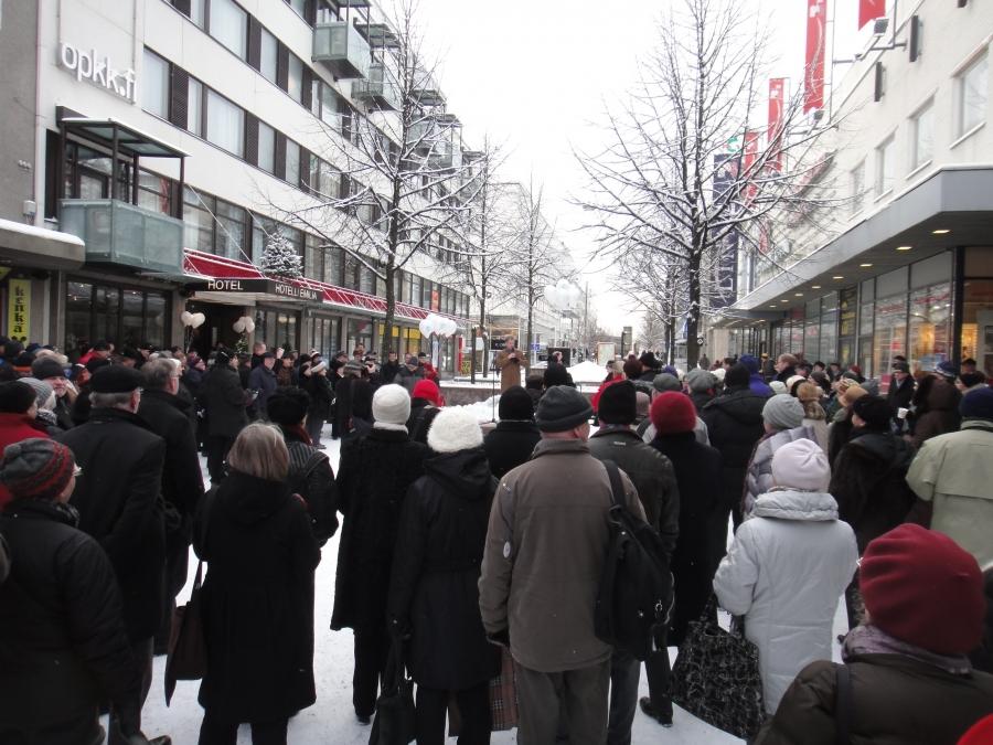 Ja sitten ollaan jo Hämeenlinnassa Kävelykatu Reskalla....