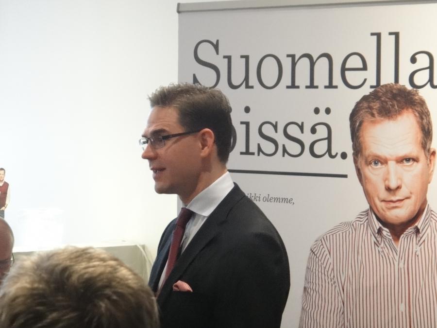 Pääministeri Jyrki Katainen julkisti tänään tai oikeastaan palkitsi tänään jälleen yhden arvokkaan suomalaisen teon. Tänään kunniapaikalle nostettiin Abloyn Ikämestari-ohjelma. Tästä pääsette tutustumaan ohjelmaan: Ikämestarit.