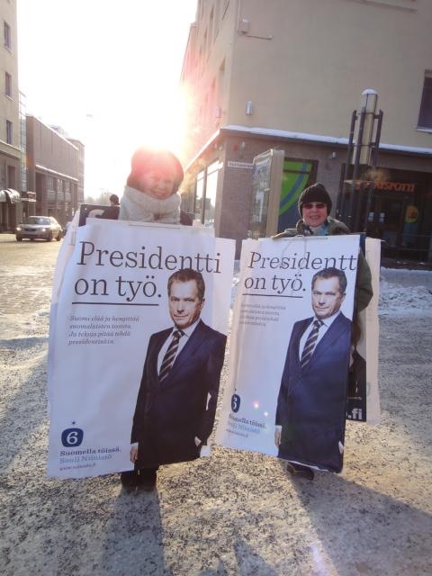 Sitten Hämeenlinnaan ja siellä olikin aikamoinen meno.... Flashmobbausta :)