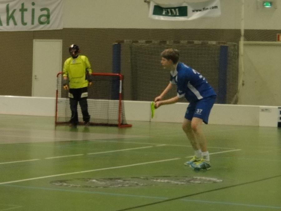 Puolustuksessa Juha Juote tarkkana ja hän pelasi koko joukkueen tapaan hyvän ja vahvan pelin.