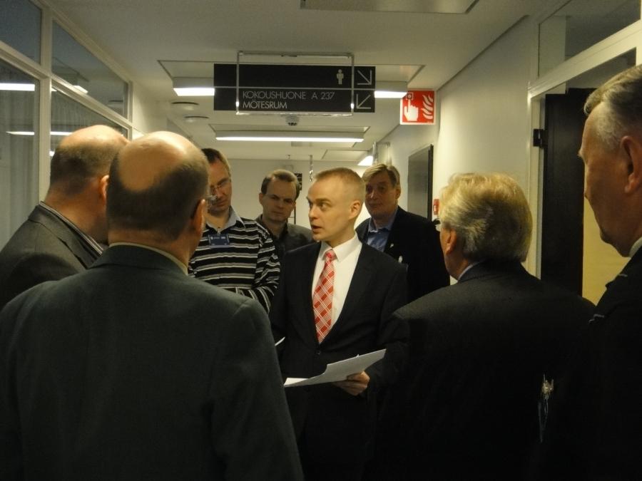 Ja iltapäivällä sitten vielä pienempi yrittäjäjoukko vietraakseni Riihimäen seudulta Harri Frankbergin johdolla.