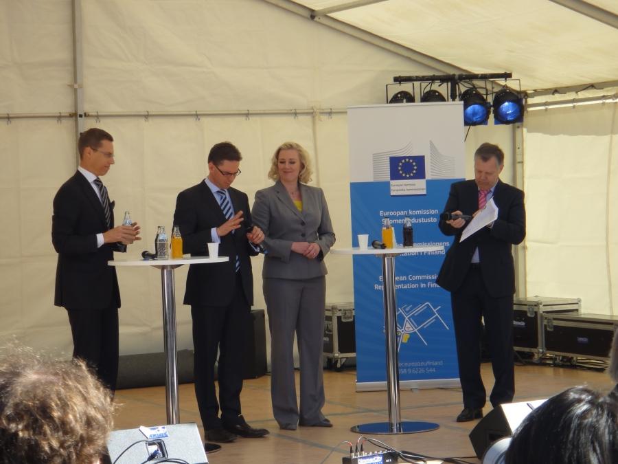 Eurooppa-päivän paneelissa mukana ministeri Jyrki Katainen, Jutta Urpilainen ja Alexander Stubb.