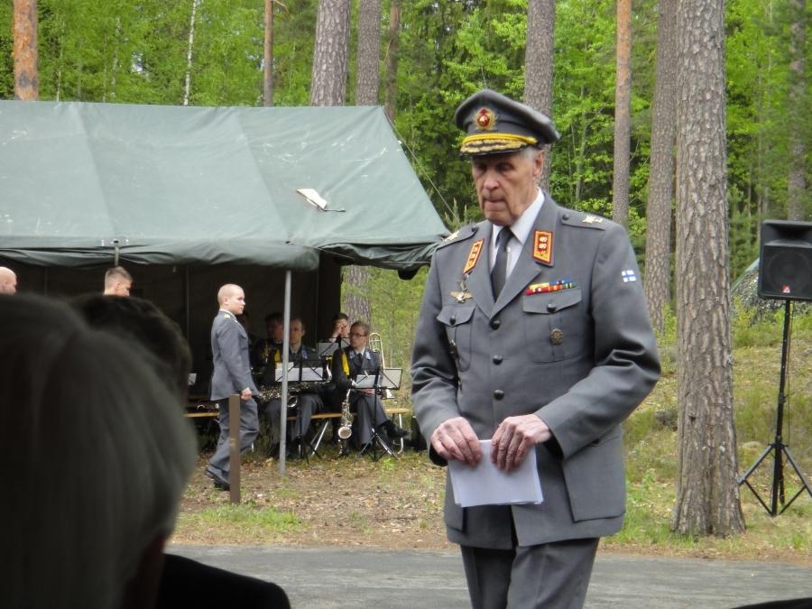 Mannerheimin Metsästysmaja ry:n puheenjohtaja, kenraalimajuri Sami Sihvo oli juhlapäivän itseoikeutettu isäntä.