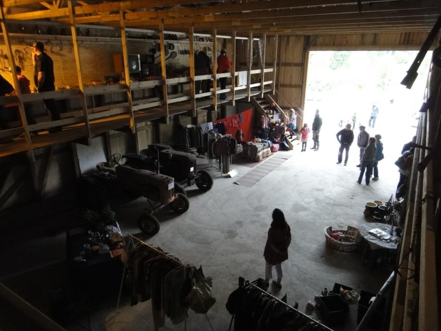 Ja upea vanhantavaran museokin oli tänään avoinna ja alakerrassa sitten vielä kirpputoria.