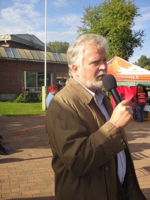 Kilpailun ylituomarina toimi kollegani ja eduskunnan ympäristövaliokunnan puheenjohtaja Martti Korhonen.