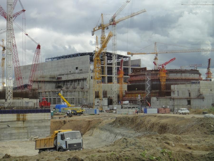 Uusi voimala tulee olemaan siis ns. VVER-mallia vanhojen RBMK-reaktoreiden sijaan. Malli on siis käytössä nyt Kiinassa ollut muutaman vuoden ja vastaavia tulossa mm. Yhdysvaltoihin. Uusi VVER täyttää länsimaidenkin turvavaatimukset. Länsimaiden vastaava malli on siis PWR-reaktori ja kyseessä siis painevesireaktori.