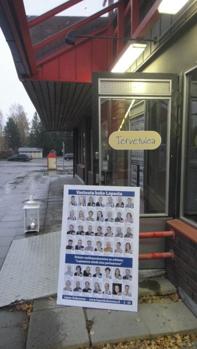 Tervetuloa! Lopen kuntakahvila palvelee Lopella linja-autoaseman talossa tästä aina vaaleihin asti. Kahvia ja keskusteluseuraa - olitpa sitten puolesta, vastaan tai jotain siltä väliltä.