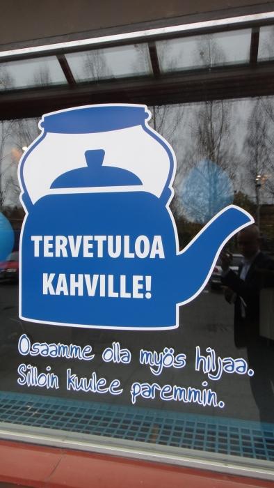 Ja sitten hieman tunnelmia Lopen Kahvila Korvasta, missä tilaisuuttamme emännöi Lopen Kokoomuksen varapuheenjohtaja Sirpa Hopearuoho.