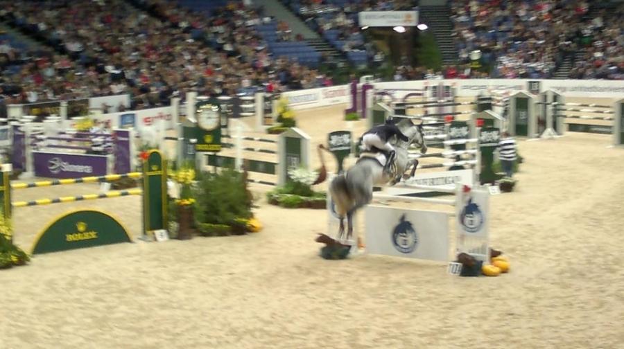 Muutama tunnelmakuva tämän päivän Helsinki International Horse Showsta. Huikean upea päivä jälleen aamusta iltaan...