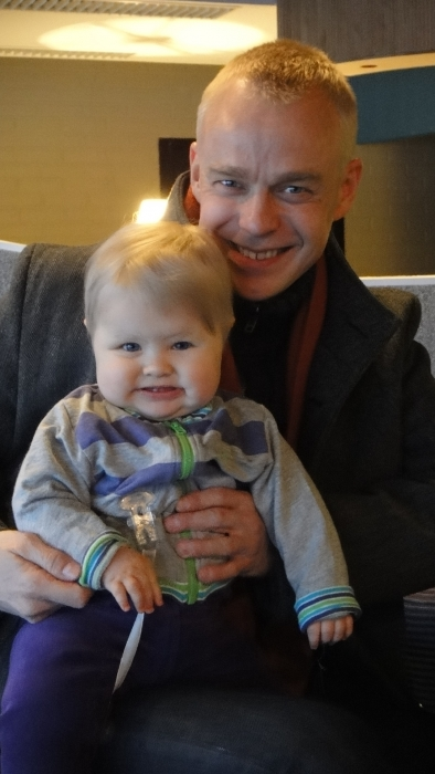 Ja pääsinpä minäkin yhteen kuvaan... Tässä ihanan Hetan kanssa kaverikuvassa Lopen kiitoskahveilla.