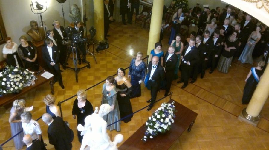 Ja ilta sitten tänään Tasavallan Presidentin Sauli Niinistön Itsenäisyyspäivän vastaanotolla. Upea juhla ja todellakin uudenlaista tunnelmaa.
