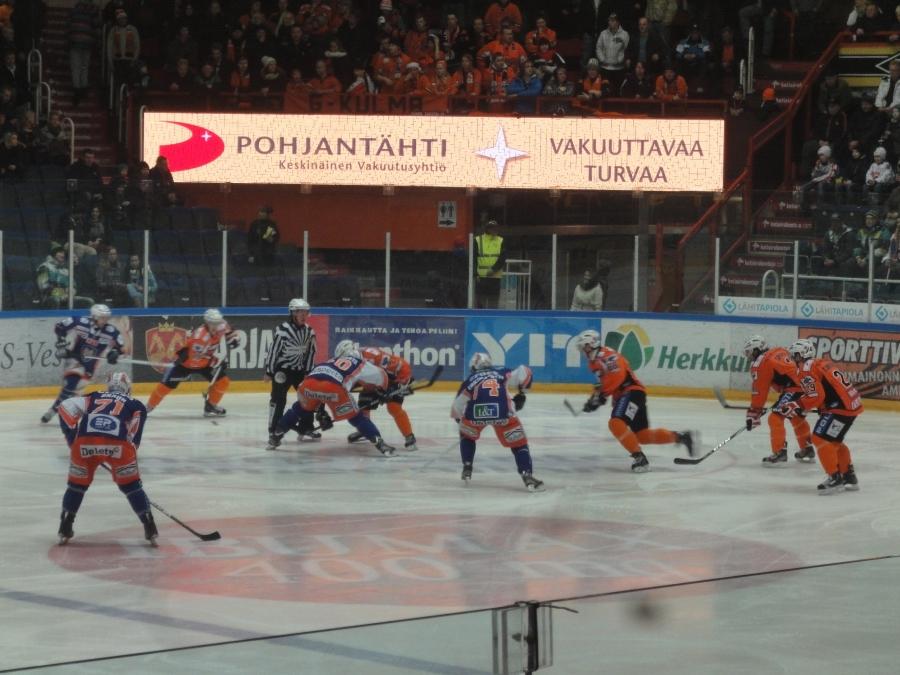HPK-Tappara Rinkelinmäellä 8.12.2012.