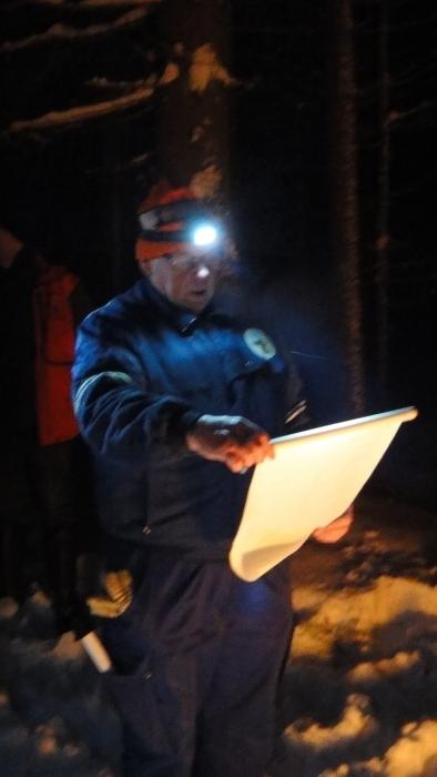 Metsästäjä, metsämies, Uolevi Nurmi luki joulurauhan julistuksen Lopen metsien eläimille.