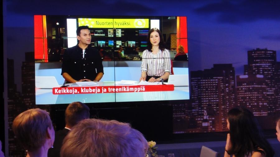 Ja aivan mahtava uusi idea lanseerattiin myös tänään eli MTV3:sen Hyvät Uutiset. Homma jatkuu siis tulevaisuudessakin ja uutisissa kuullaa myös hyviä ja mukavia asioita ainaisten onnettomuuksien, sotien ja taloussotkujen rinnalla.