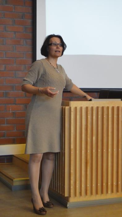 ... millaisia ajatuksia kunnanjohtaja Karoliina Viitasella on kuntamme huomisesta.