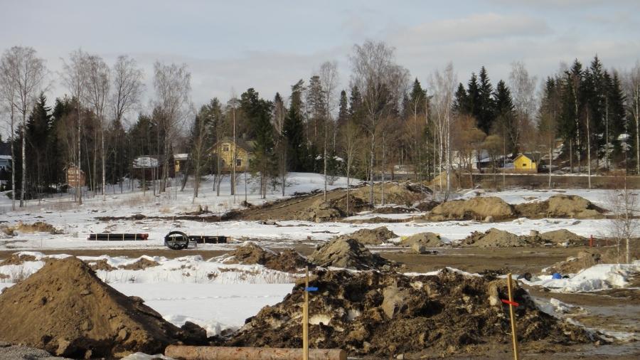 Vanhakosken asuinalue Lopella valmistuu kunnallistekniikan osalta kovaa vauhtia täksi kevääksi. Tonttimarkkinat alueellamme la 25.5.2013. Upeita tontteja tarjolla eteläisellä loivalla rinteellä...