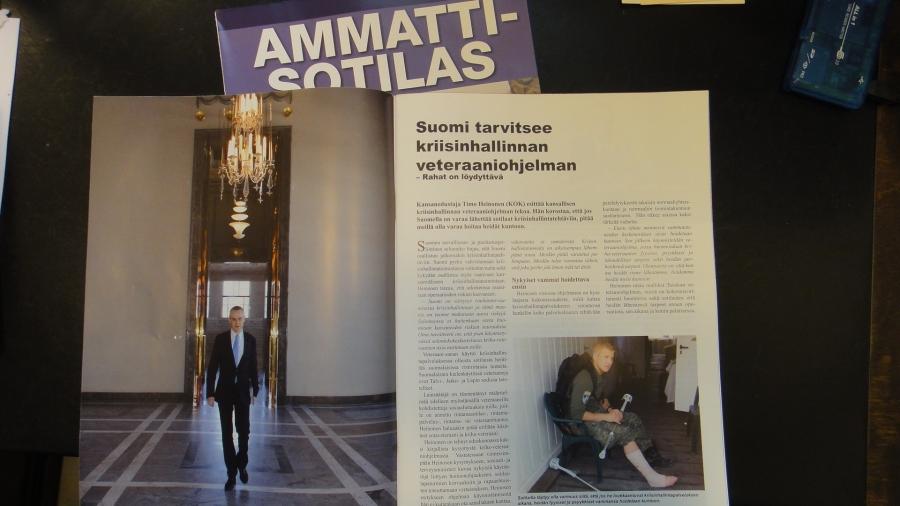 Ammattisotilas -lehdessä 2/2013 on pari aukeamaa minusta tai oikeastaan esittämästäni KriHa-Veteraaniohjelmasta. Nyt tavoitteeni on saada ohjelman laadinta myös ulkoasiainvaliokunnan selontekoon ja sitä kautta eduskunnan kannaksi ja valmisteluun.