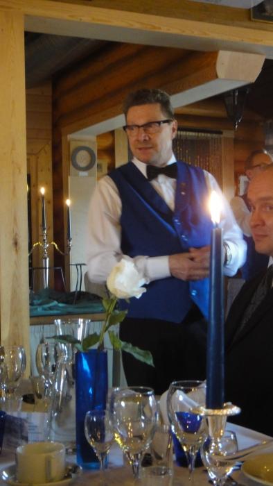 Ja Majan Herrat Teuvo Zettermanin ja Heikki Kujansuun johdolla olivat tehneet jälleen upean Marskin illallisen. Kiitos herkuista ja hienosta miljööstä jälleen.