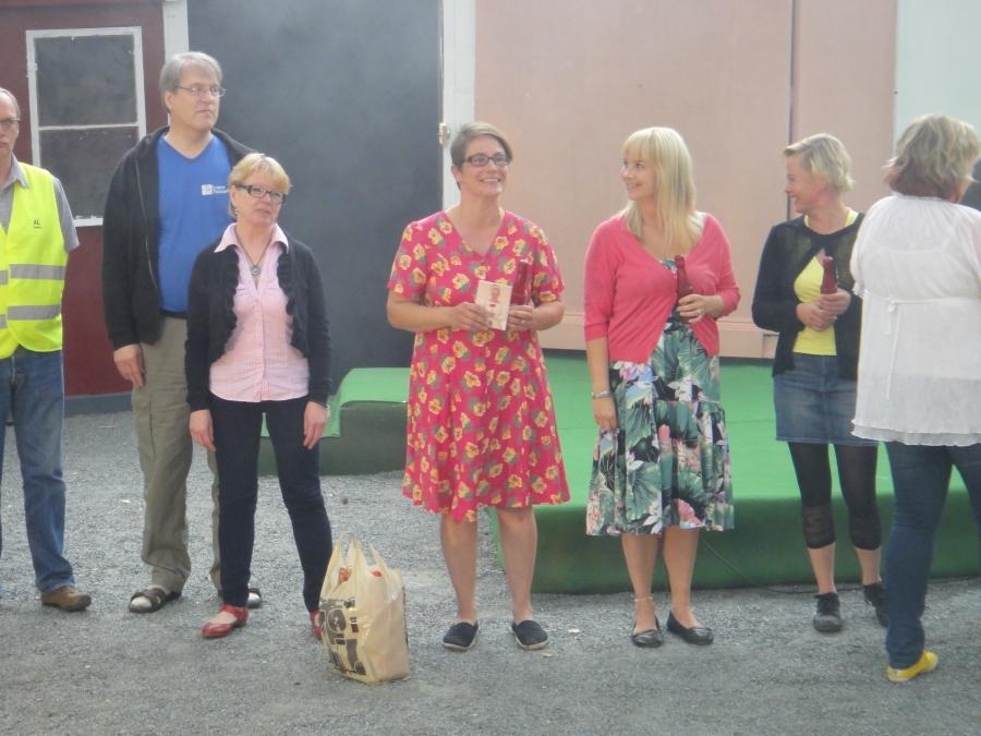 Tove Shipley-Esselström nähtiin lavalla parissakin eri roolissa ja Tove myös teatteriyhdistyksen puheenjohtaja. Tekijänainen.