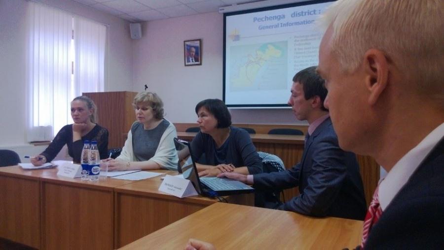 Tapaamassa Petsamon kunnanjohtajaa Irina Neverovaa
