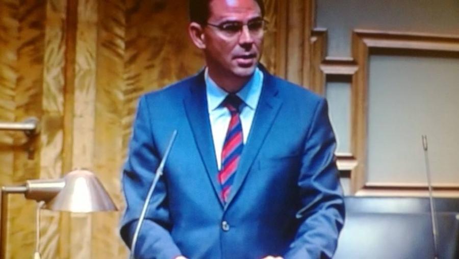 Budjetin käsittely jatkui pääministeri Jyrki Kataisen puheenvuorolla. Ja nyt keskustelussa omistajaohjaus ja paikalla ministeri Heidi Hautala. Itse nostin esille valtionyhtiö Finnairin henkilöstöpolitiikan.